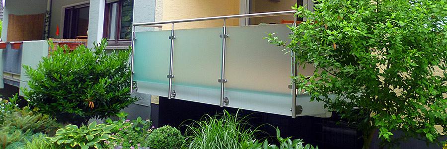 gel nder f r treppen und balkone. Black Bedroom Furniture Sets. Home Design Ideas